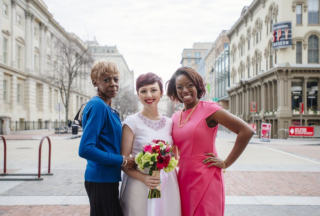 modern washington dc elopement pop up wedding pictures art gallery (12)