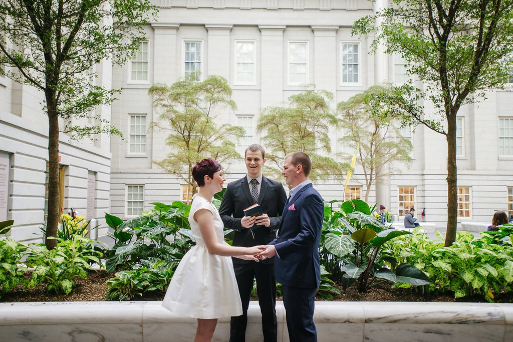 modern washington dc elopement pop up wedding pictures art gallery (17)