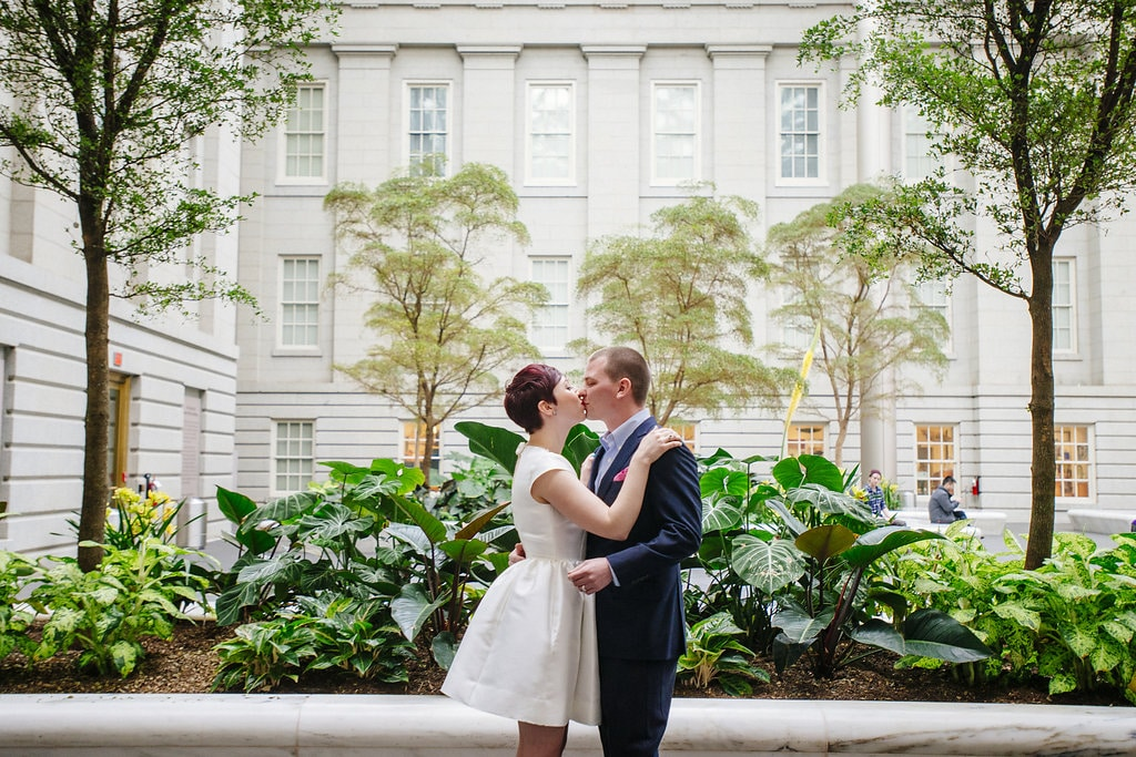 modern washington dc elopement pop up wedding pictures art gallery (18)