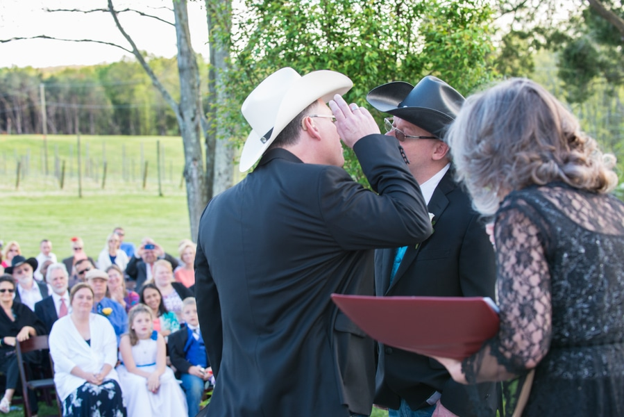 intimate same sex bull run winery wedding in virginia (15)