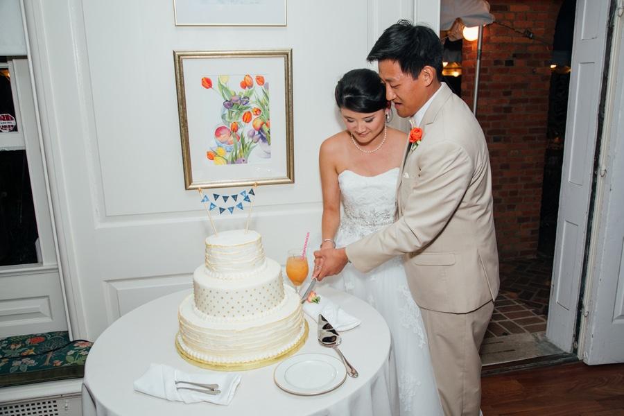 summer DIY Virginia River Farm Wedding pictures (1)