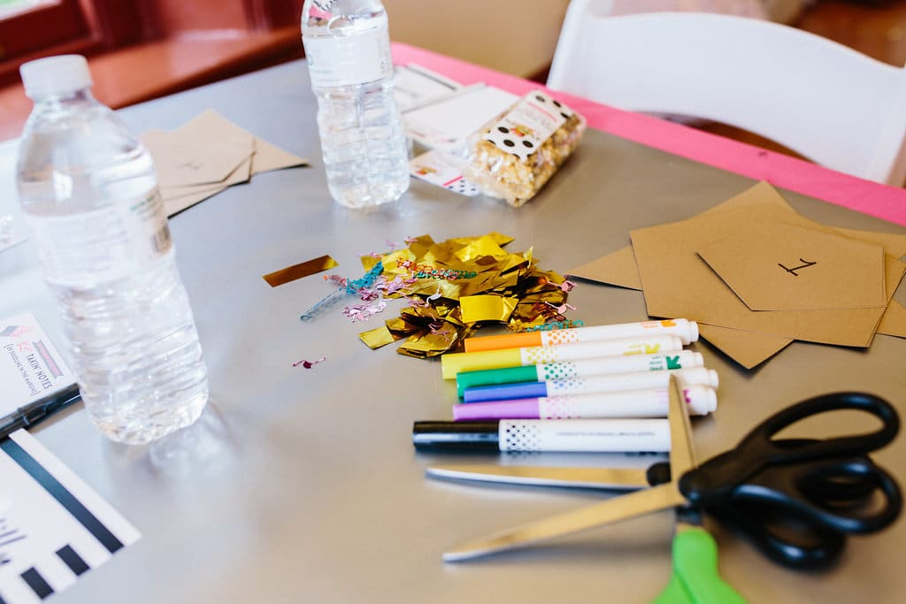 DIY mini party pinatas workshop pictures (5)