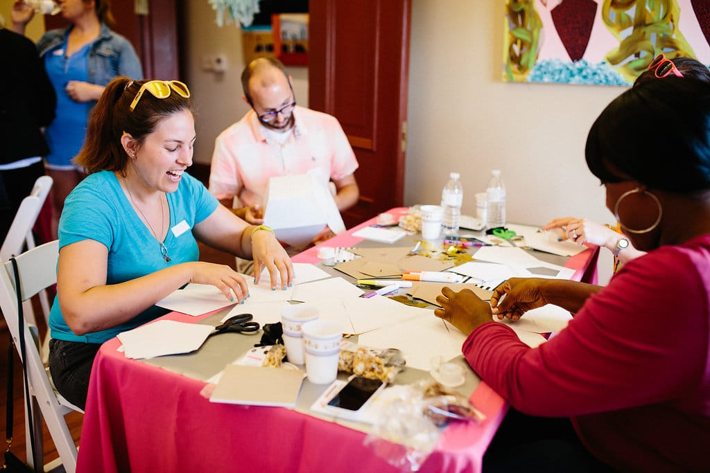 DIY mini party pinatas workshop pictures (8)