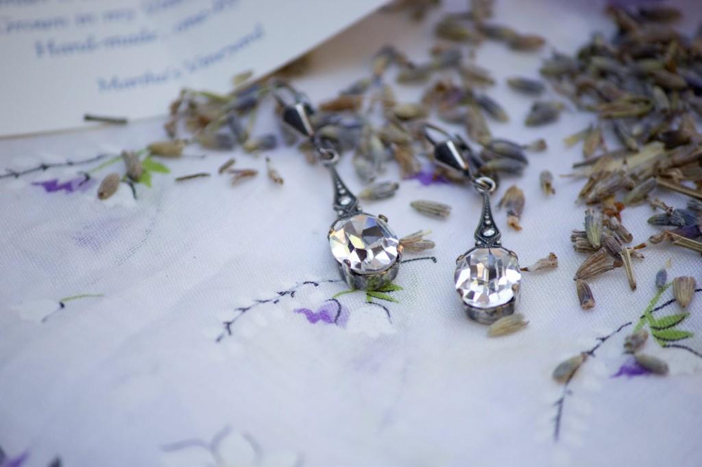 lavendar lace wedding inspiration details (1)