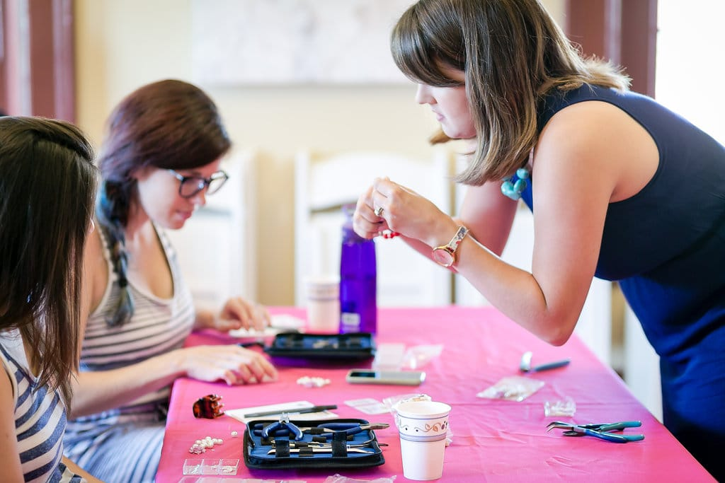 DIY bridemaids jewelry workshop (19)