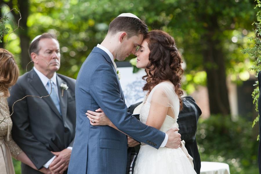 simple romantic springtime DC wedding Meridian House (14)