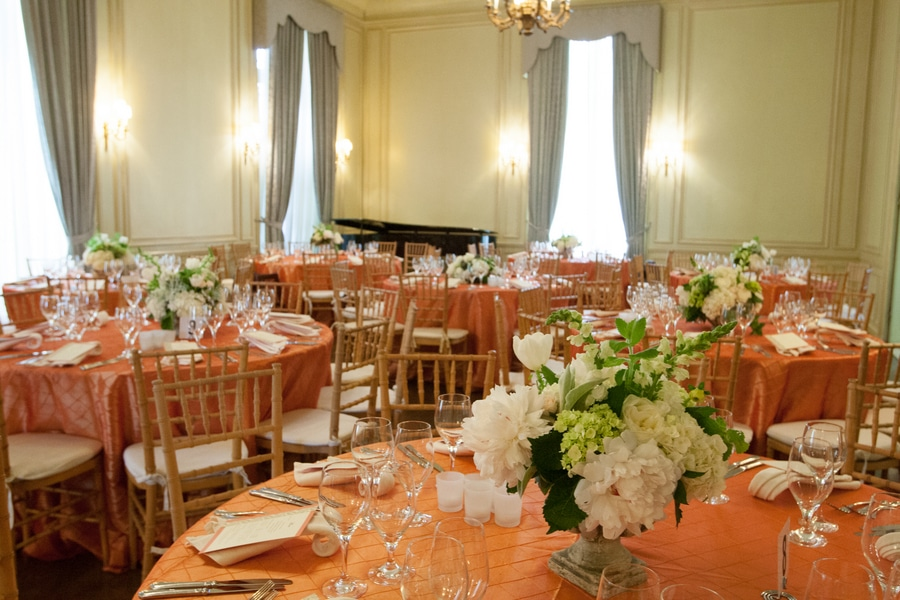 simple romantic springtime DC wedding Meridian House (9)