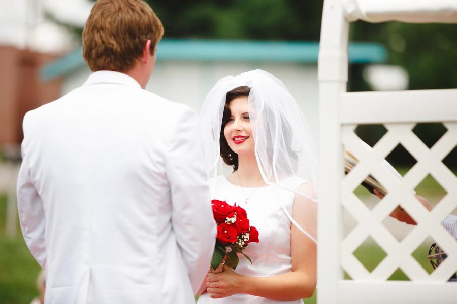 1950s drive in wedding in Virginia (17)
