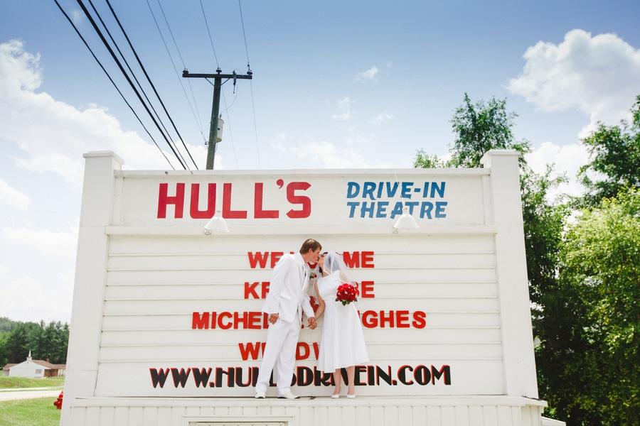 1950s drive in wedding in Virginia (21)