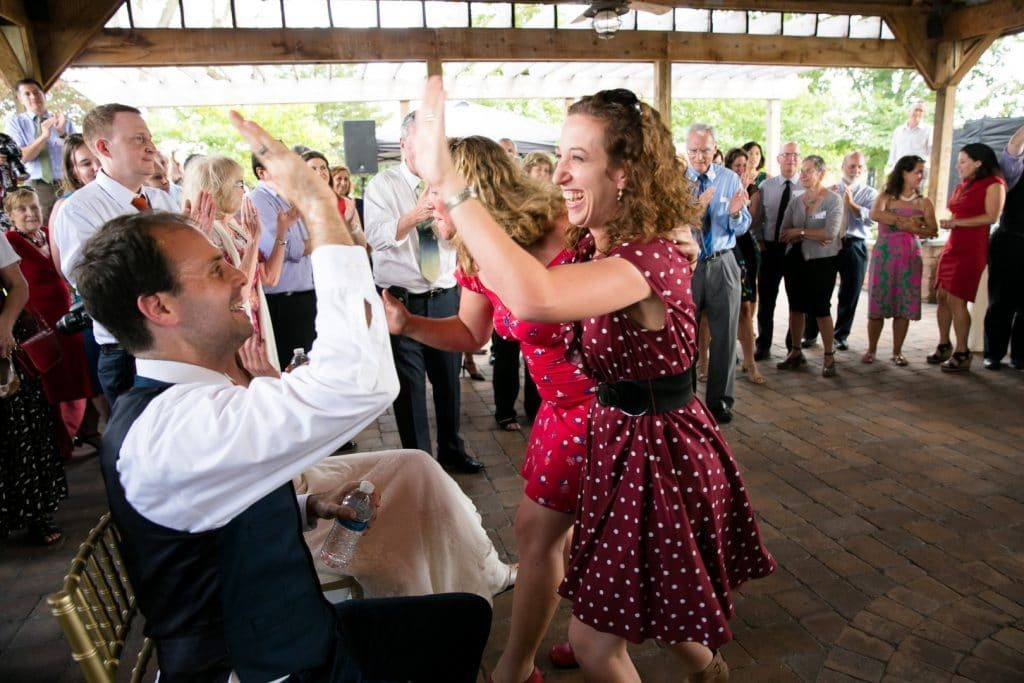 DIY Virginia wedding broad run farm pictures (24)