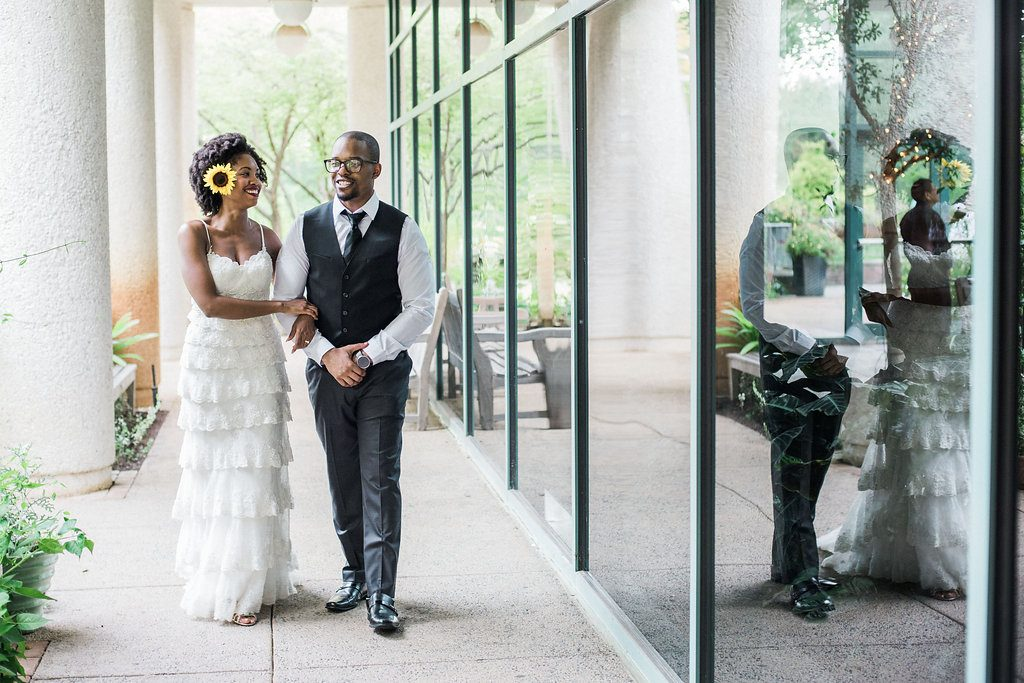 intimate wildflower summer meadowlark botanical gardens wedding pictures (7)