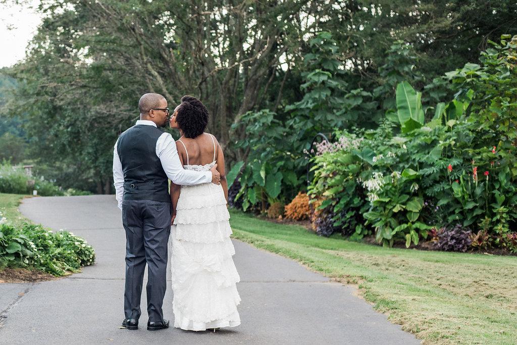 Amber Obi 39 S Intimate Diy Wedding At Meadowlark