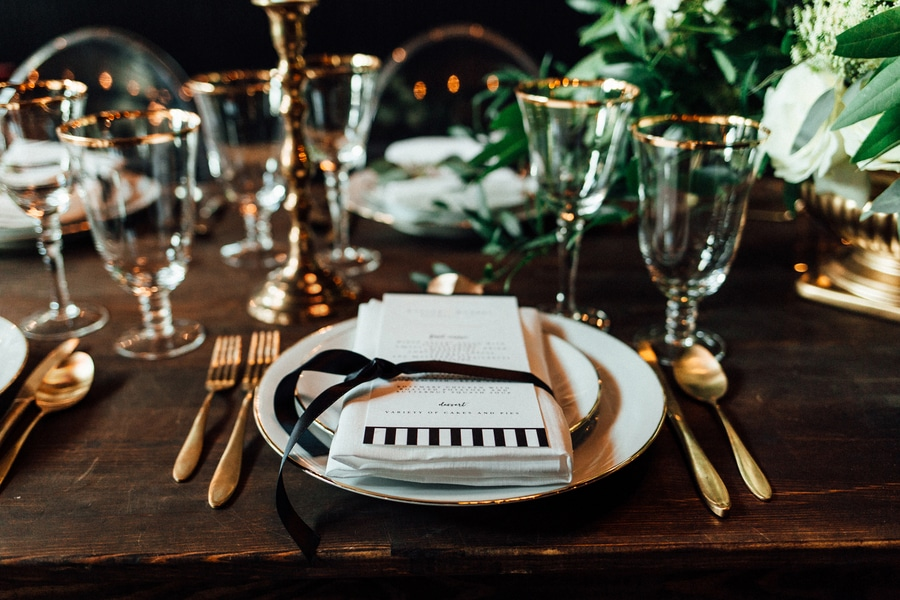 marvin gaye black gold art deco wedding design inspiration pictures ideas (7)