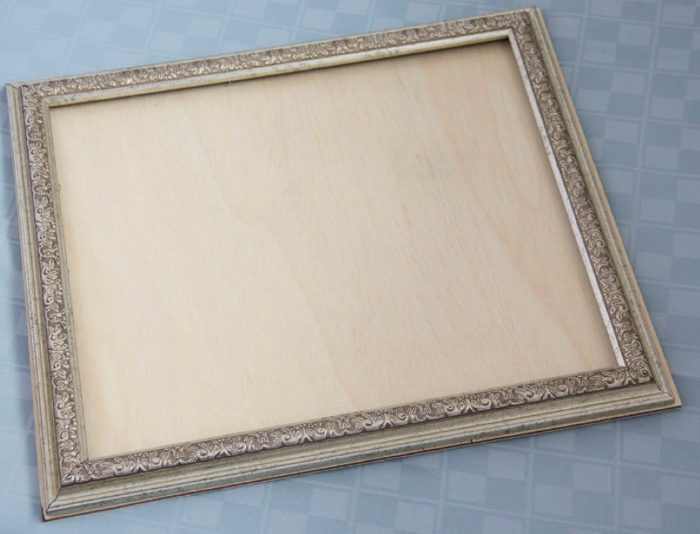 DIY wood frame serving tray tutorial (4)