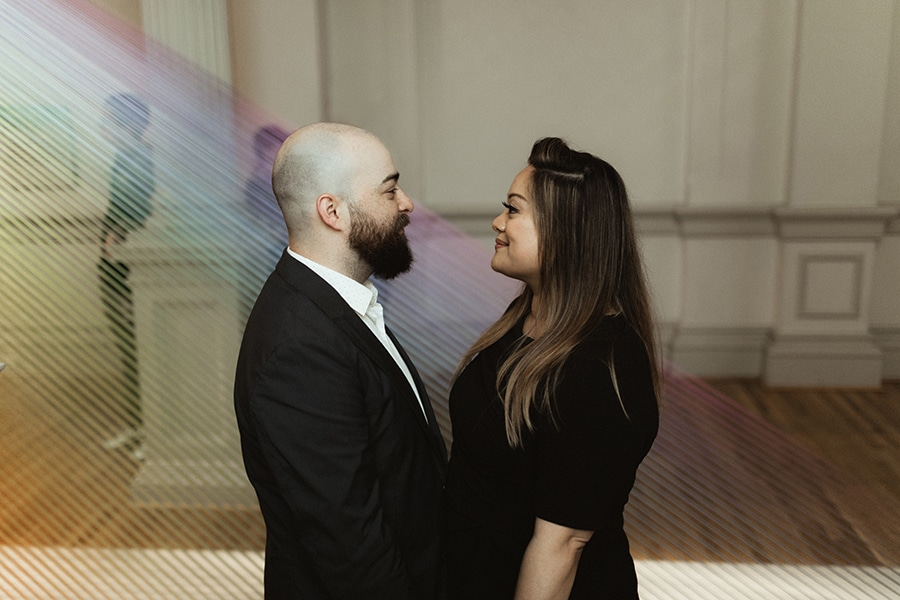 washington-dc-renwick-gallery-engagement-pictures3