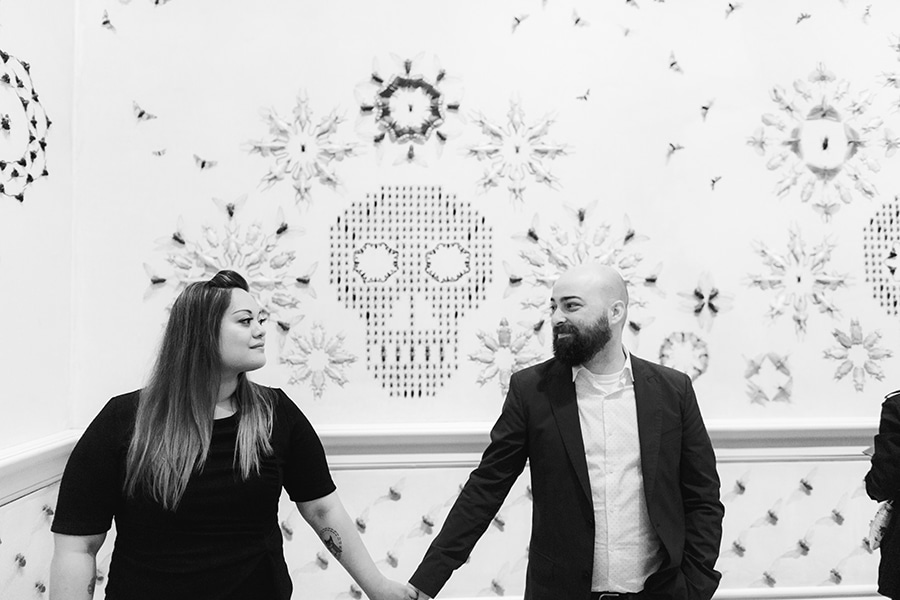 washington-dc-renwick-gallery-engagement-pictures6