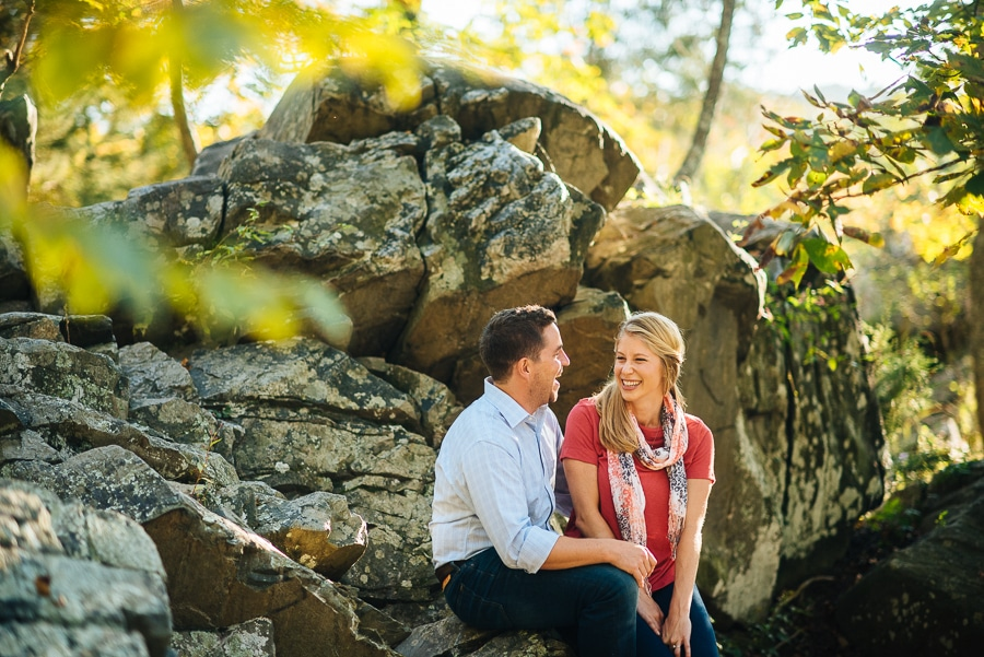 modern-bright-natural-great-falls-virginia-engagement-pictures3