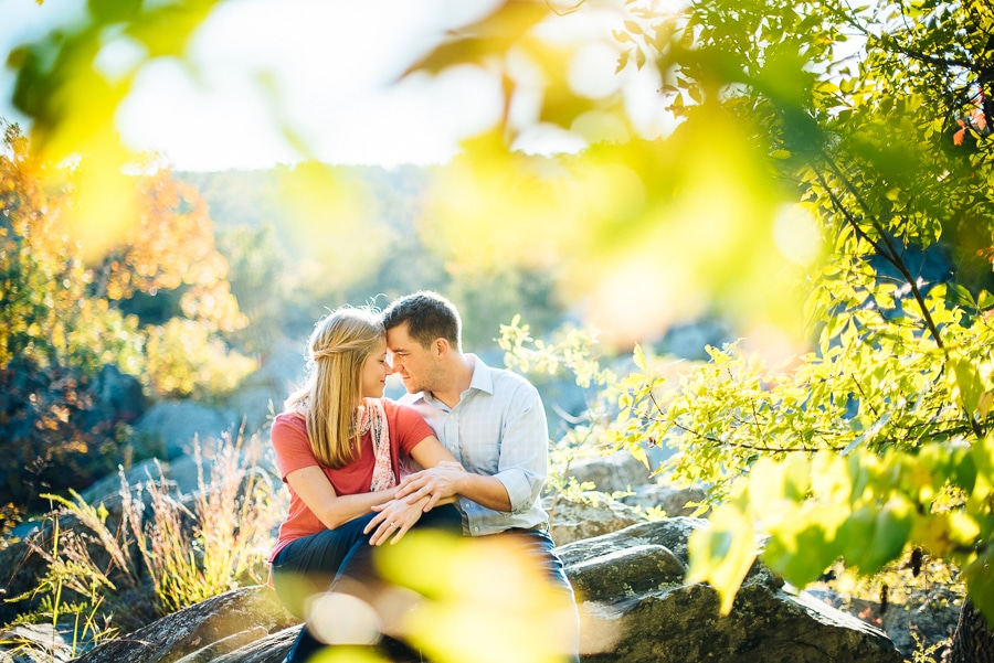 modern-bright-natural-great-falls-virginia-engagement-pictures6