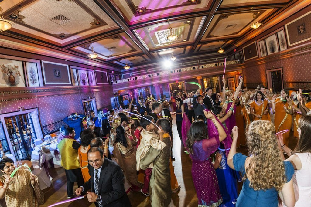 modern-indian-wedding-richmond-virginia-venue-inspiration-colors14