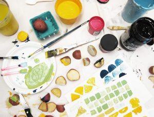 potato-printing_colorful-mess