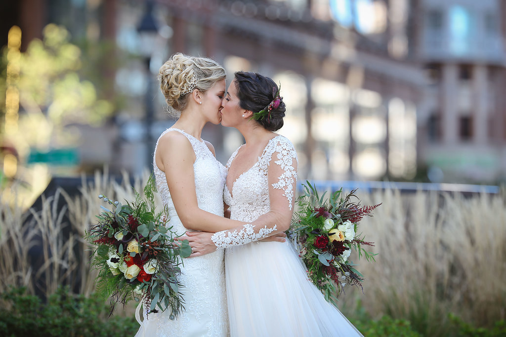 Hannah Megan S Gorgeous Winter Wedding At Washington Mill Dye House In Baltimore Maryland