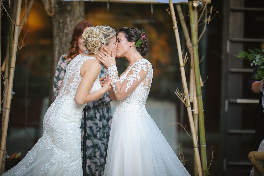 Hannah & Megan\'s Gorgeous, Winter Wedding at Washington Mill Dye ...